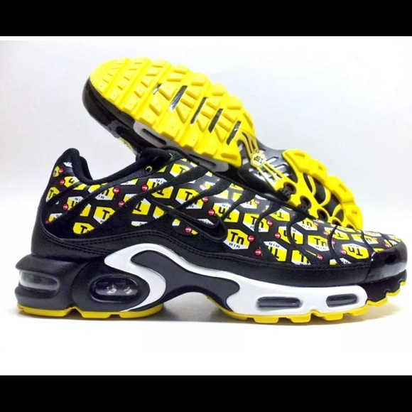 Nike Other - Nike Air Max Plus QS TN All Over Print 10.5